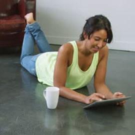 Tablet o portátil en casa